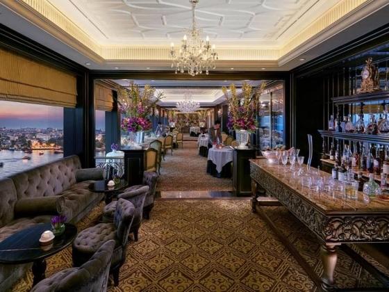 Le Normandie at Mandarin Oriental Hotel